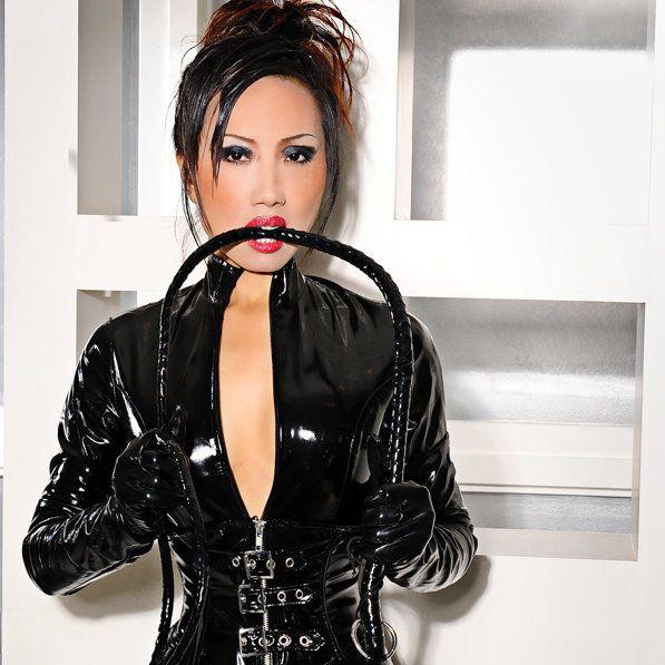 Mistress knows best: Photo